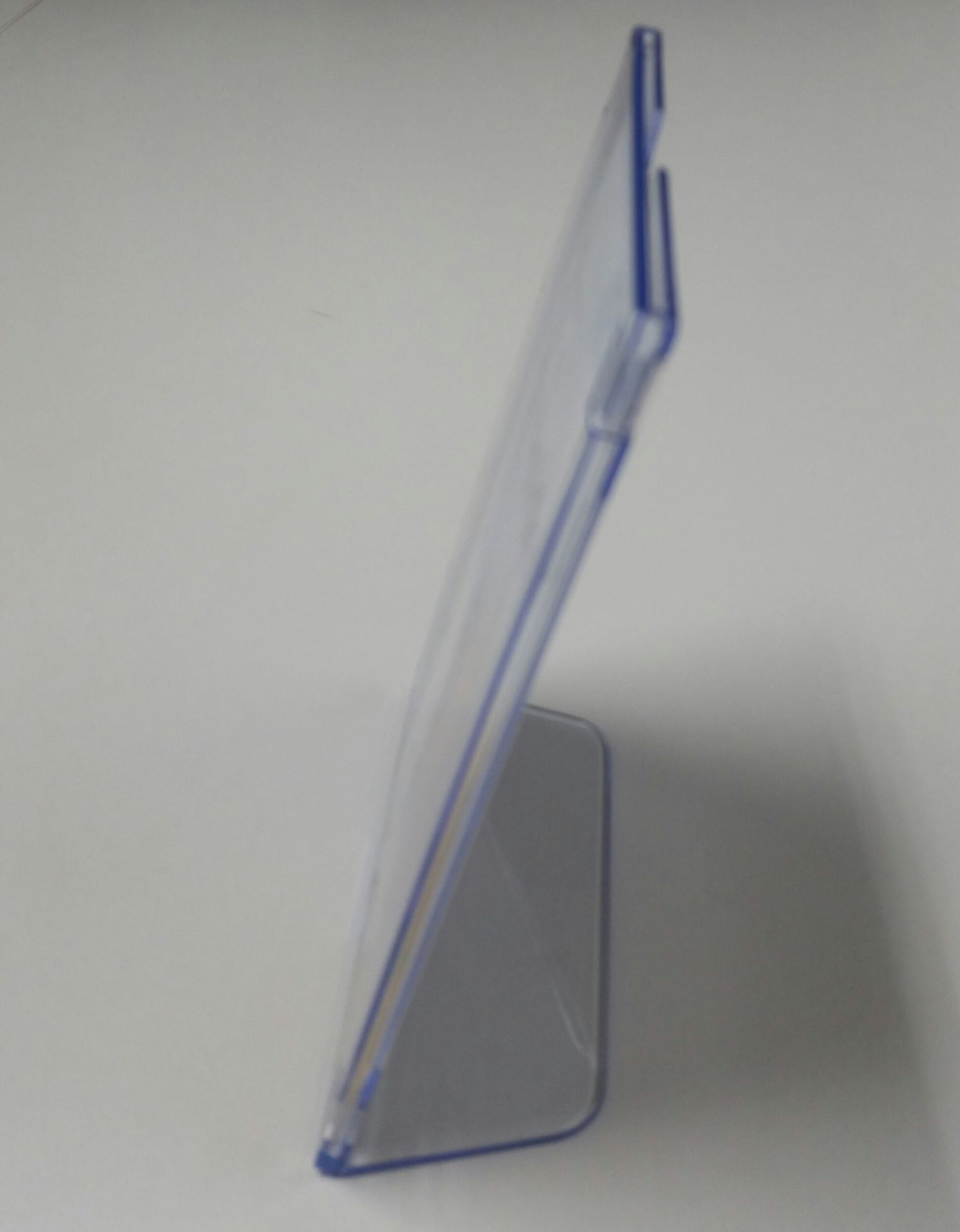 Slanted 5x7 Sign Holder Clear - OIC23025