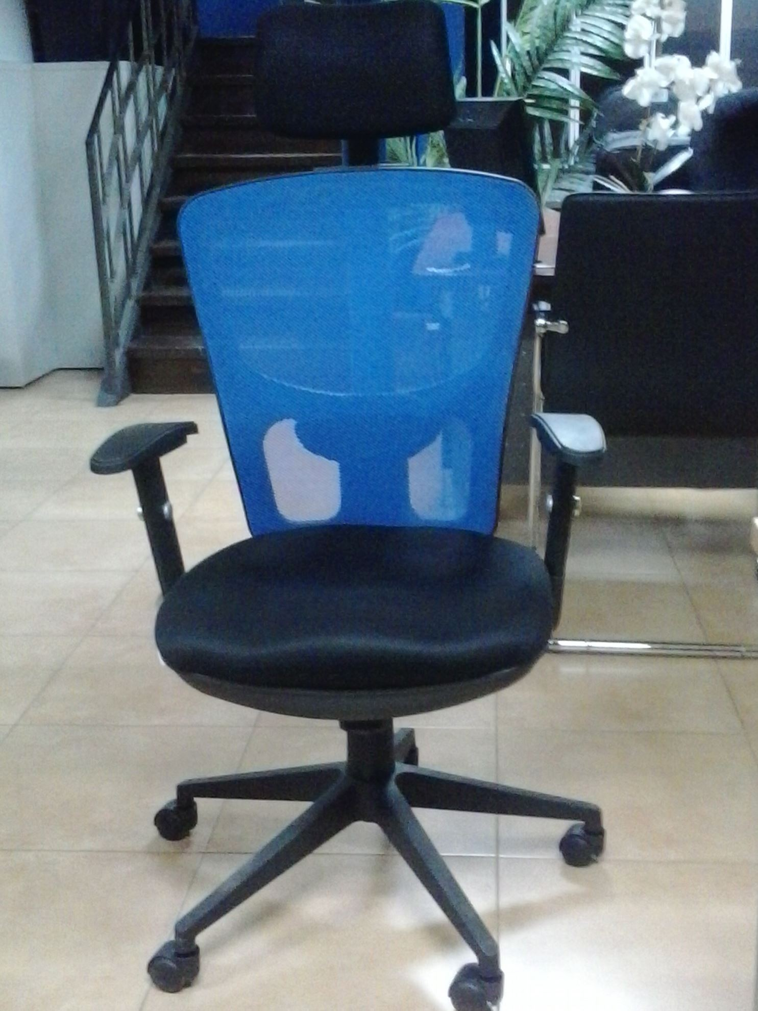 Image H.B. Web Chair w/Headrest - Blk/Bl