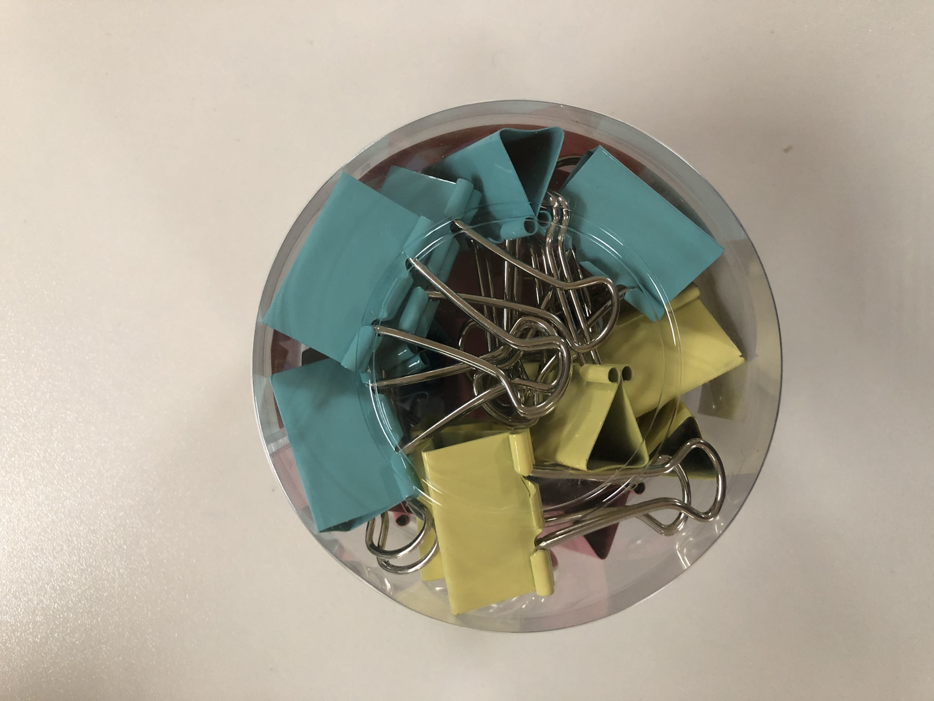 """Picture of 19-008 Shuter 1 1/4"""" Binder Clips (24) Col. #A3332"""